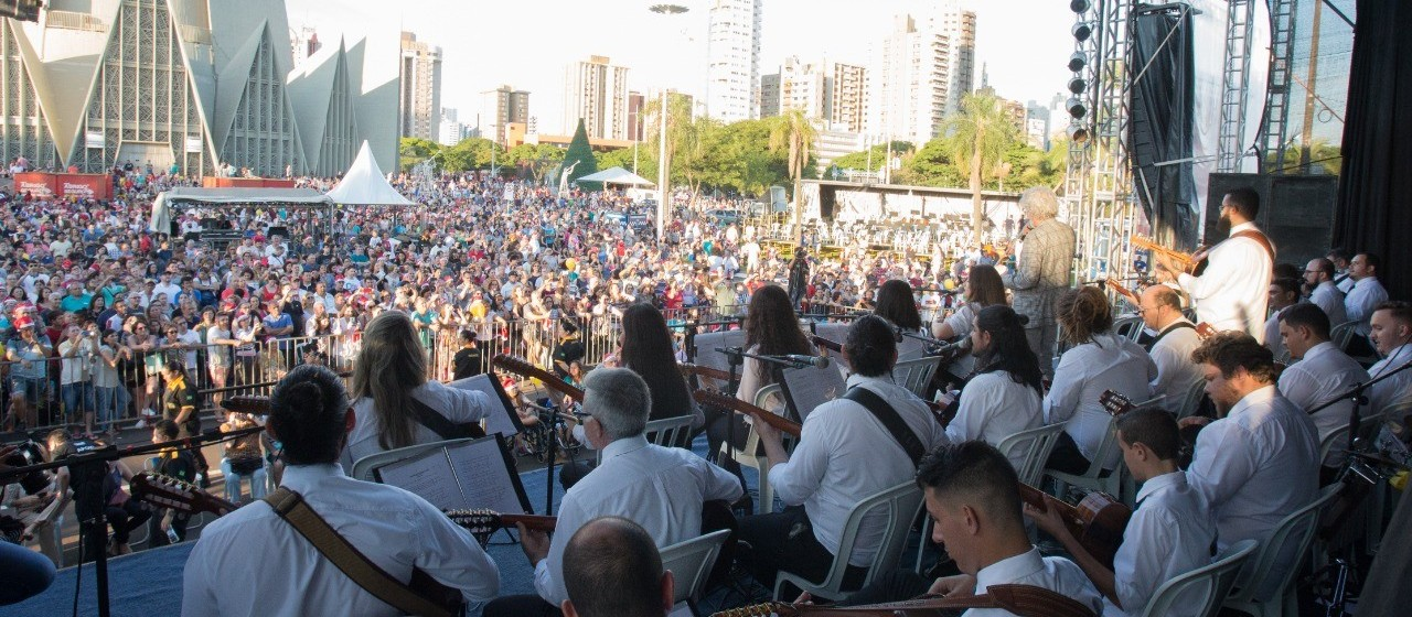 Artistas locais poderão se apresentar na Maringá Encantada