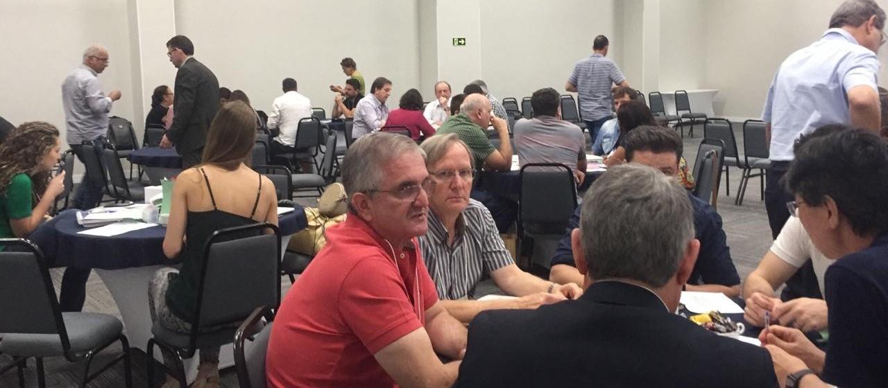 Empresários de todo o Paraná definem em Maringá o plano estratégico para os próximos dez anos