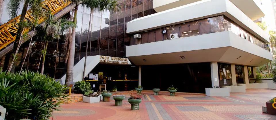 Maringá: Novo decreto suspende toque de recolher e prevê outras medidas