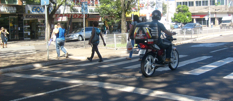 Motociclistas são alvo de campanha