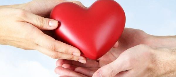 Ação em Maringá incentiva cadastramento de doadores de medula óssea