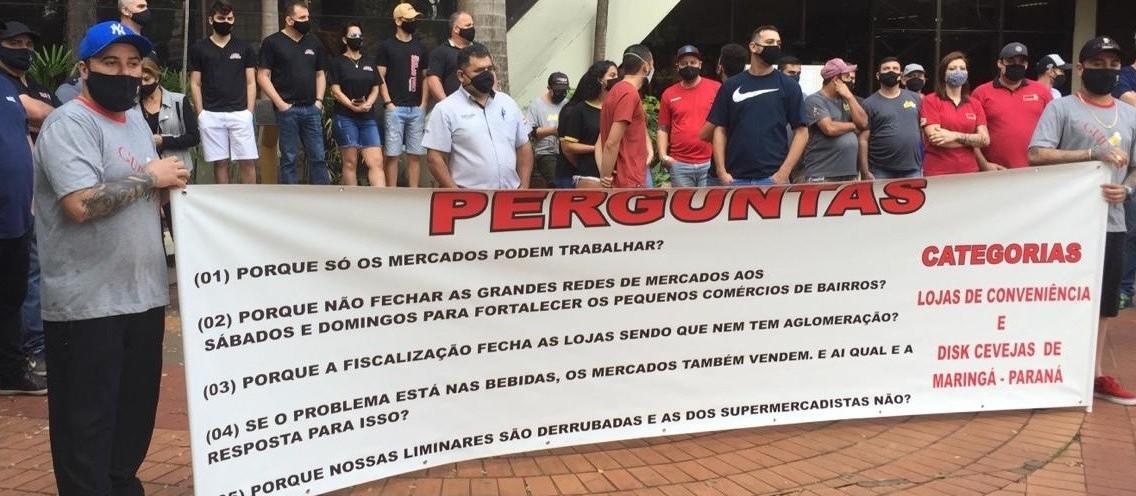 Bares, disque-bebidas e tabacarias protestam contra restrições em Maringá