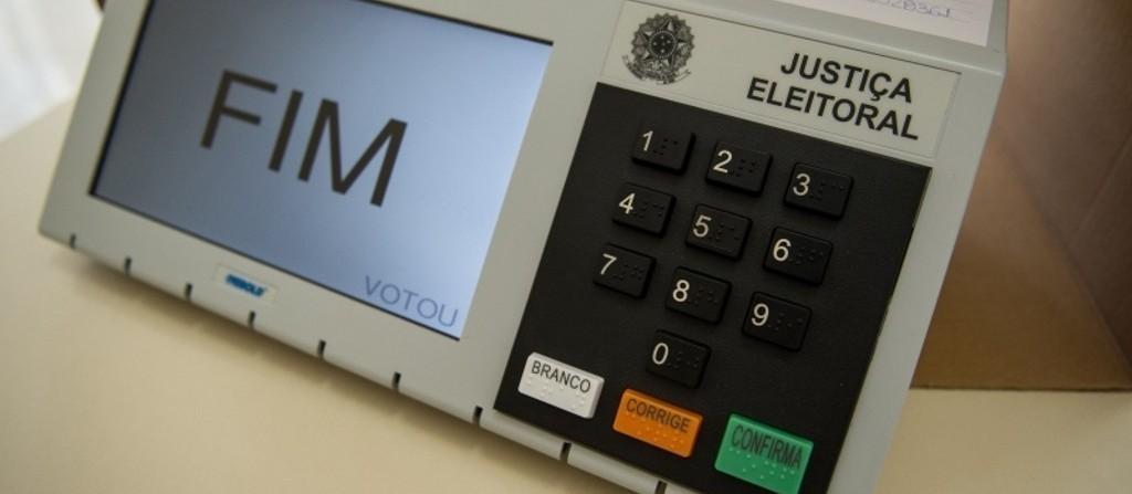 12 urnas foram trocadas em Maringá