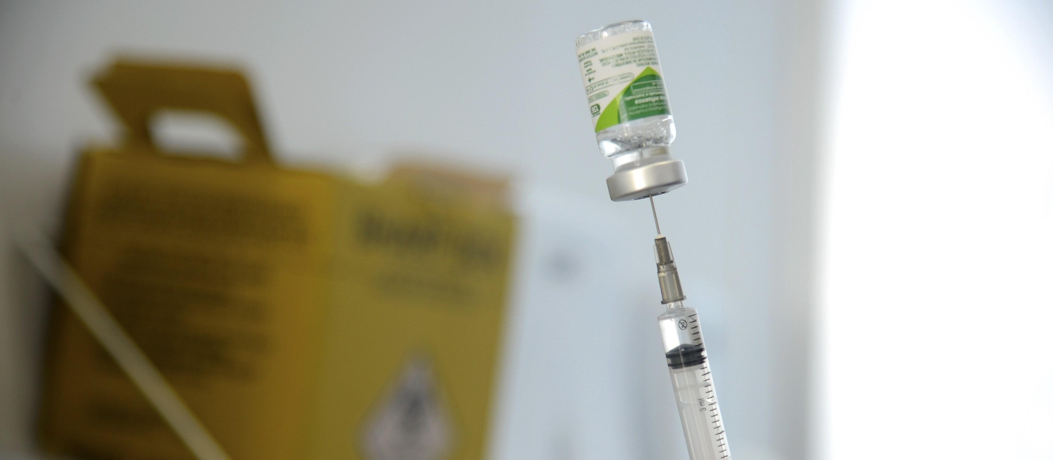 Restam 100 doses de vacina na UBS Paraíso, em Maringá