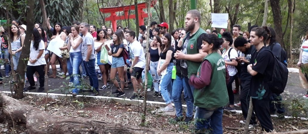 Maringá tem ato em defesa da Floresta Amazônica