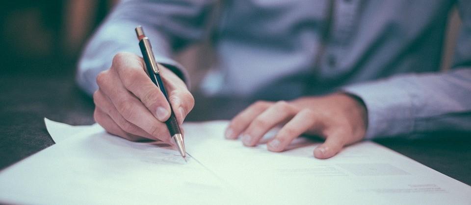 Aumenta número de profissionais qualificados que desistiram de procurar emprego
