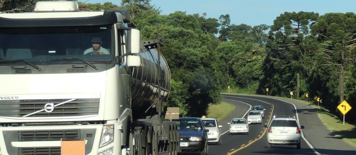 Setor de transporte tem queda na venda e inflação alta