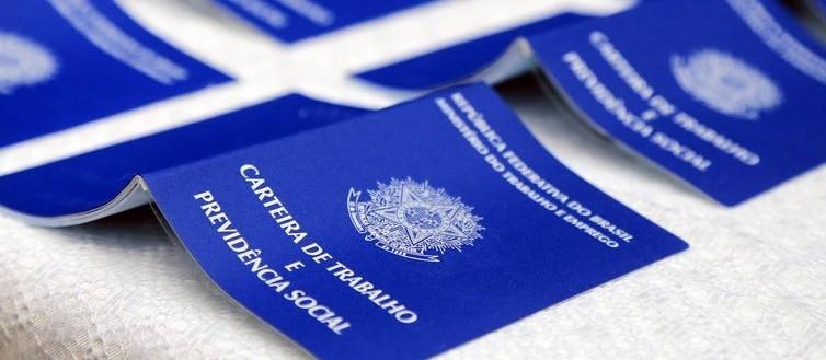 Agência do Trabalhador segue produzindo carteiras de trabalho em Maringá