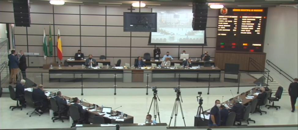 Refis de IPTU e ISSQN é aprovado com 14 votos