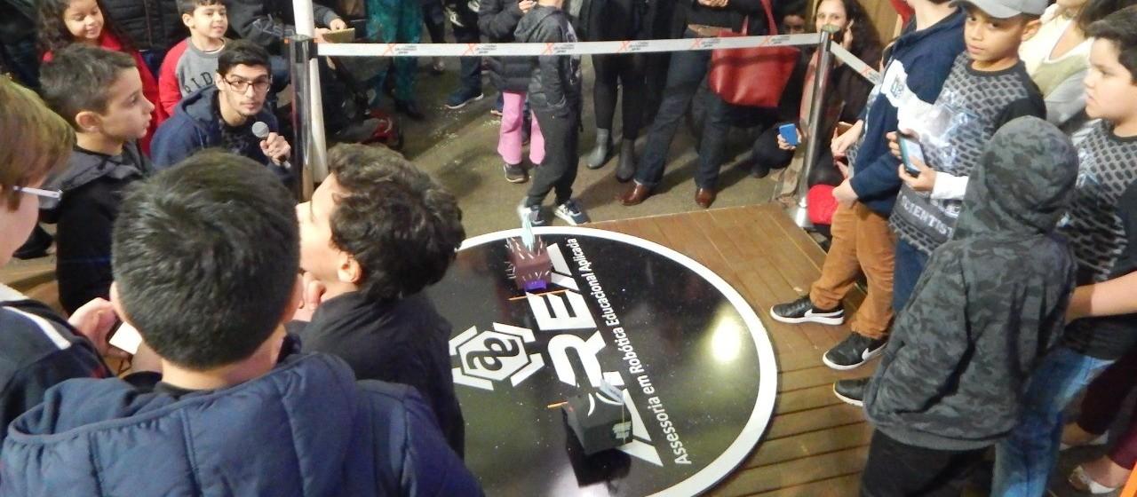 Festival Nipo-brasileiro sedia competição de robôs