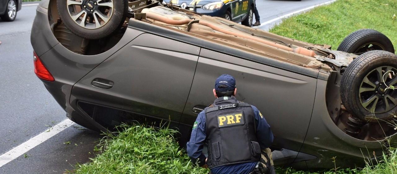 Mortes nas rodovias federais caem quase 6% no Paraná em 2017