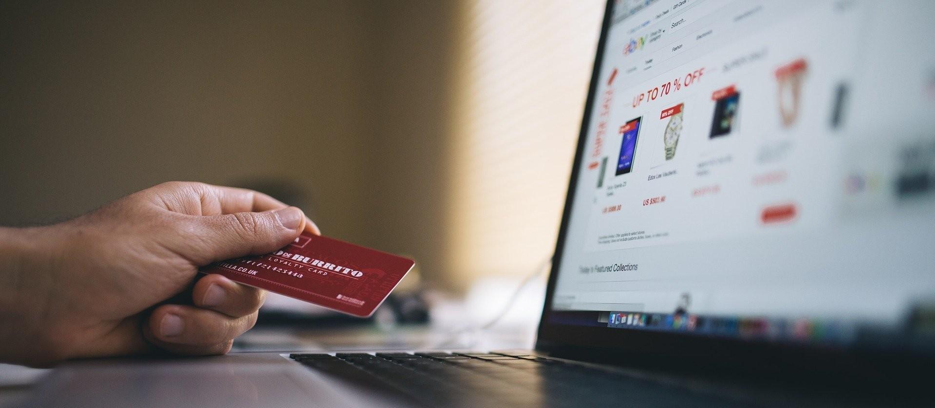 Empresas e consumidores devem tomar cuidados ao ingressar no e-commerce