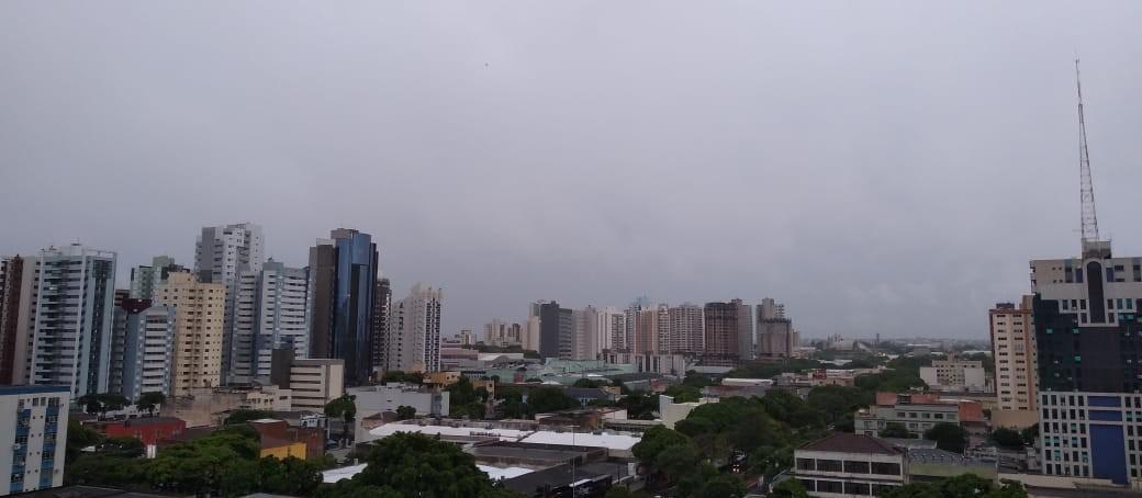 Mais de 3 mil casas ficam sem energia em Maringá