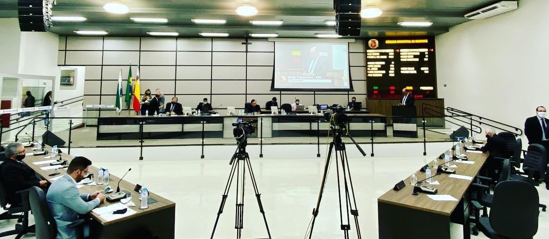 Vereadores criticam decreto que suspendeu transporte coletivo nos fins de semana em Maringá