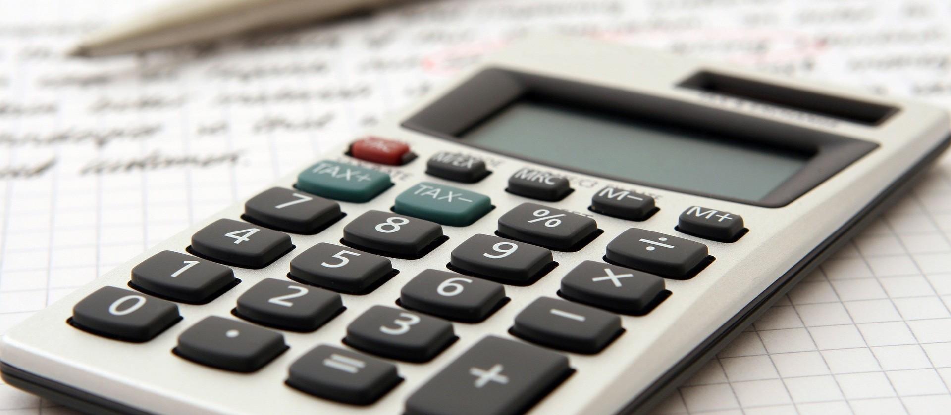 Educação financeira pode reduzir taxas de juros