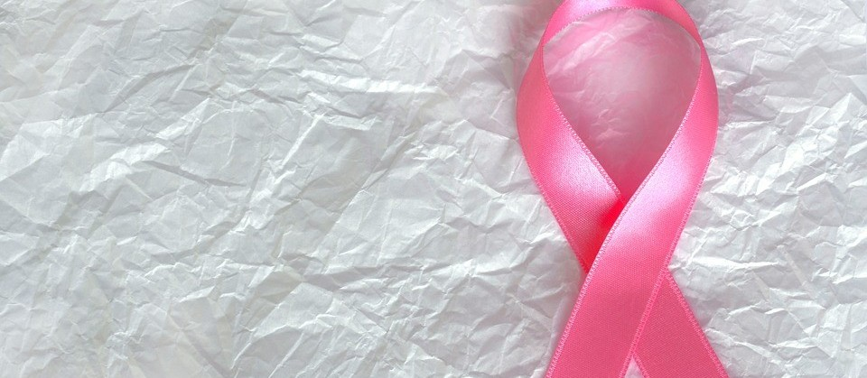Outubro Rosa: tratamento contra o câncer de mama