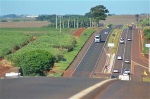 Número de mortes de motociclistas em acidentes nas estradas administradas pela Viapar, na região de Maringá, aumentou 22% em 2011