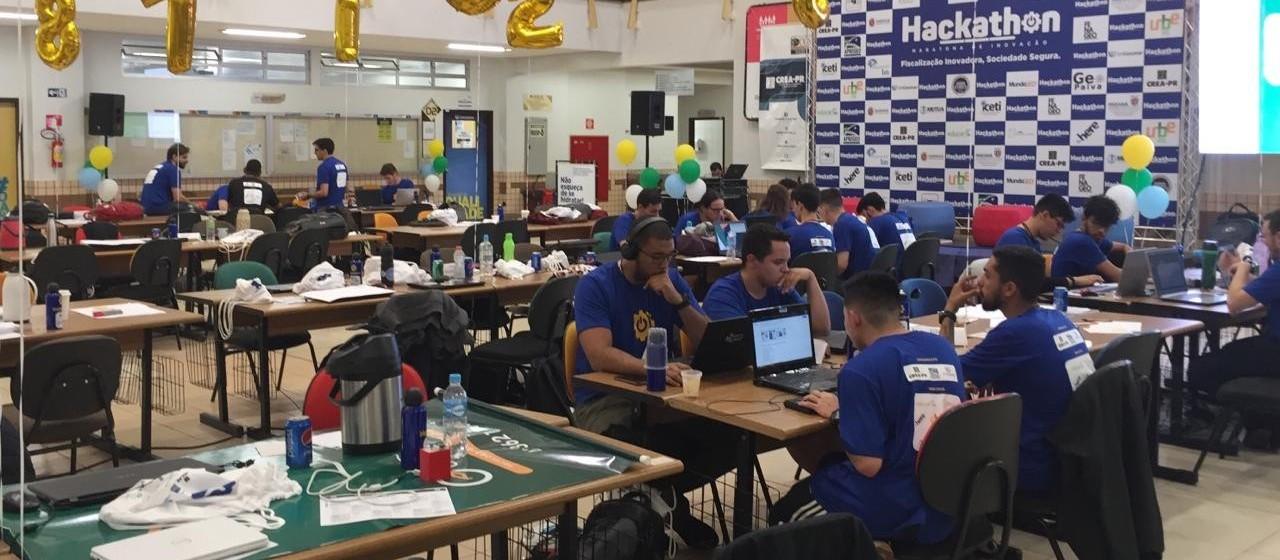 Estudantes são desafiados a resolver problemas de fiscalização de obras