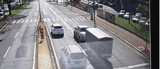 Após polêmica, Semob vai arquivar infrações de semáforo da Avenida Colombo