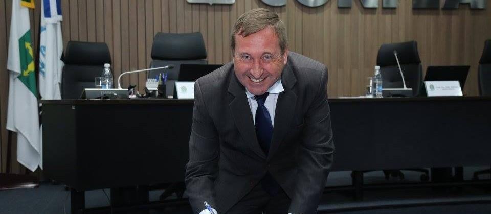 Engenheiro Civil, Joel Krüger toma posse na presidência do Confea