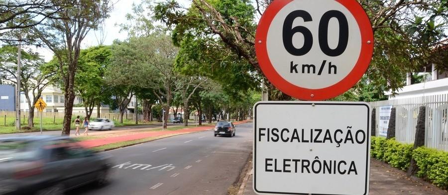 Número de multas de trânsito cai 39,6% em Maringá