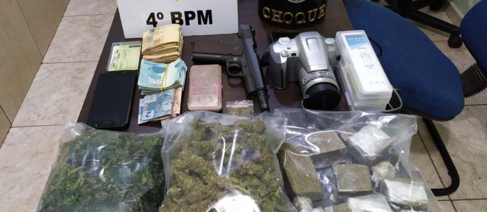 Homem que cultivava maconha em estufa é preso por tráfico de drogas