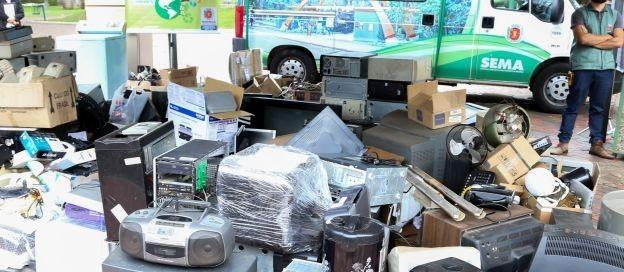 Sema realiza mutirão de coleta de lixo eletrônico e vidros