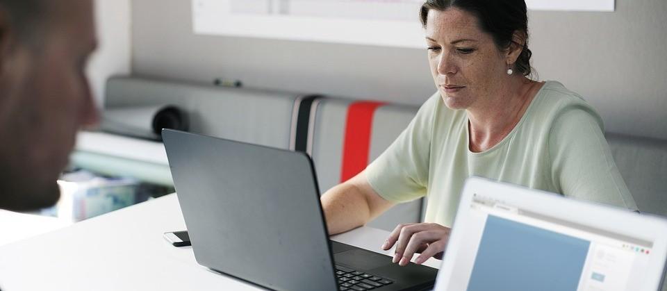Maior parte da geração de emprego vem de micro e pequenas empresas