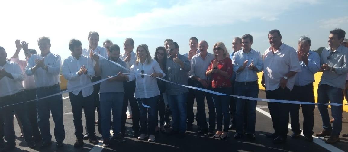 Ponte sobre o Rio Ivaí, entre Floresta e Engenheiro Beltrão, é inaugurada