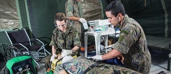 FAB abre vagas para médicos em várias especialidades