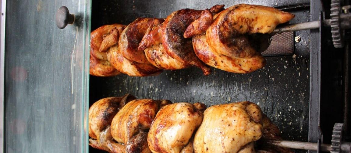 Frango assado é o 'prato de domingo' dos brasileiros