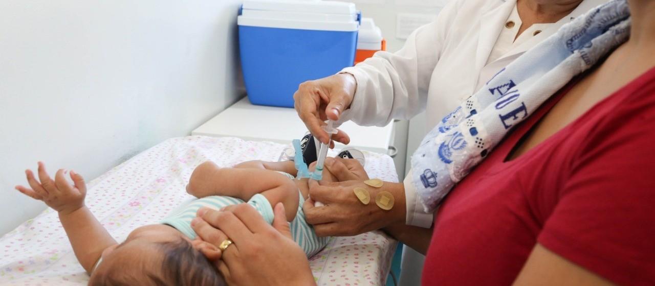 Saúde muda esquema de aplicação das vacinas Tríplice Viral, BCG e Pólio