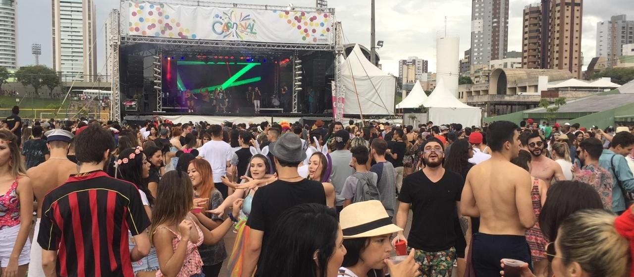Famílias aprovam resgate do carnaval de rua em Maringá