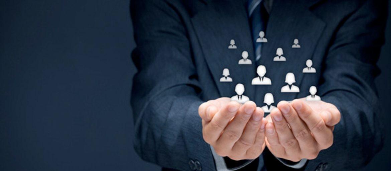 O segredo do sucesso nos negócios é relacionamento com os clientes
