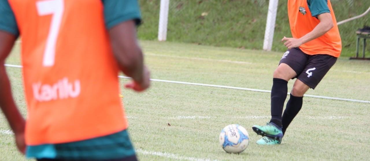 Maringá FC mantém atletas e adere à MP dos salários