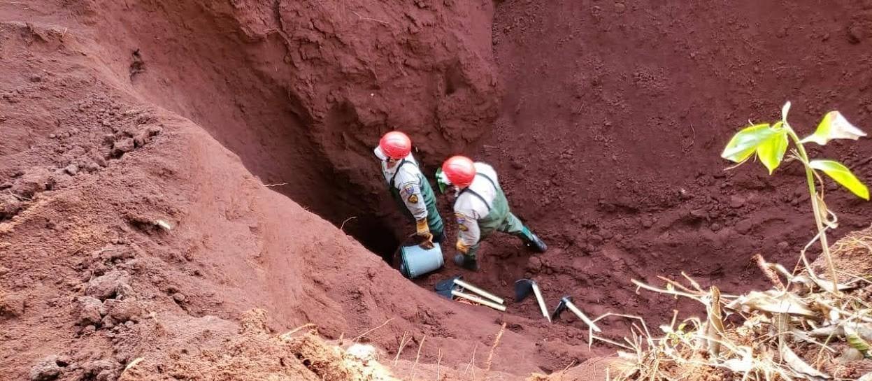 Escavação em chácara não encontra indícios de mais um corpo