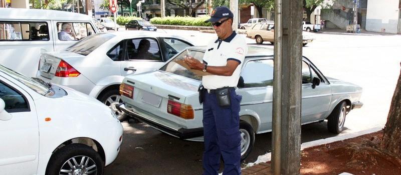 MP exige vagas especiais de estacionamento para autistas em Maringá