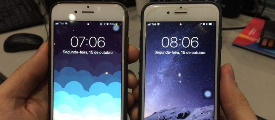 Mais uma vez, celulares adiantam relógio em uma hora