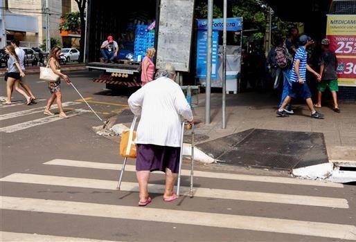 Idosos são principais vítimas de atropelamentos em Maringá