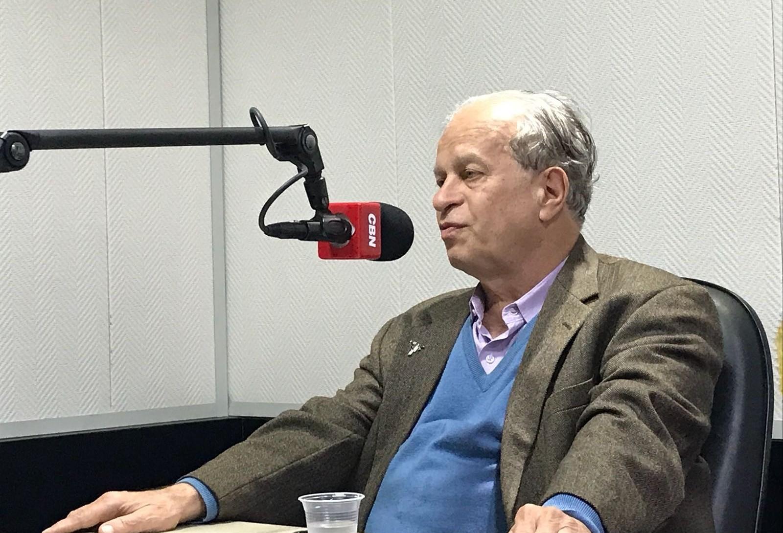 """""""Exemplo do Ceará deveria ser replicado em todo o país"""", diz ex-ministro da Educação"""