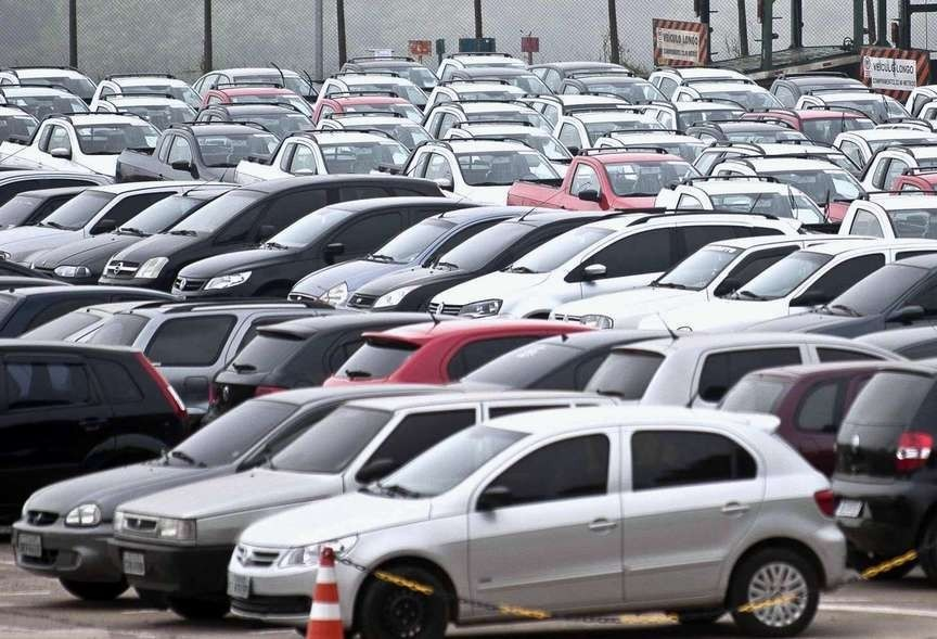 Leilão do Detran em Maringá coloca 176 veículos à venda