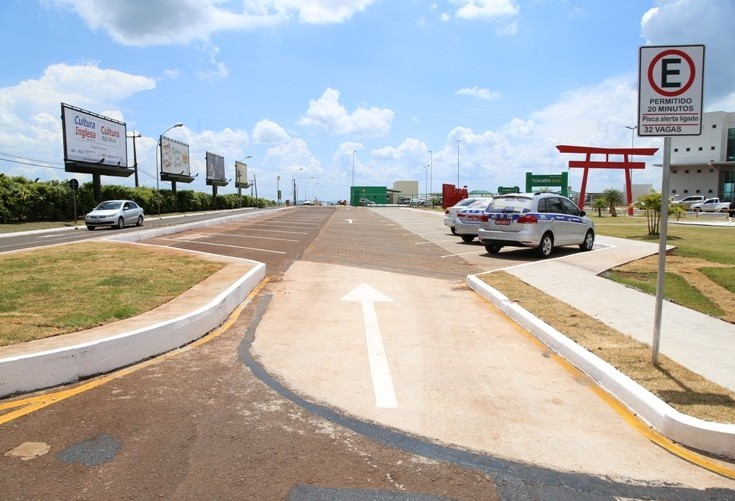 Estacionamento do aeroporto de Maringá passa ter 68 vagas