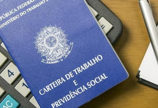 Dos 17 servidores, 15 estão aptos a se aposentar em Paranavaí e Loanda