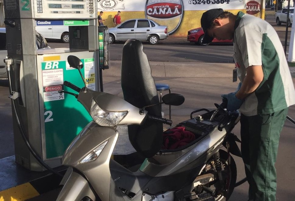 Maringá tem gasolina mais cara do Paraná, aponta pesquisa da ANP