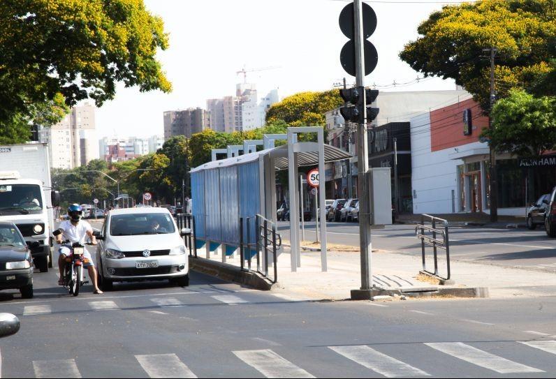 Obras dos corredores de ônibus na Avenida Morangueira estão prontas, diz Prefeitura
