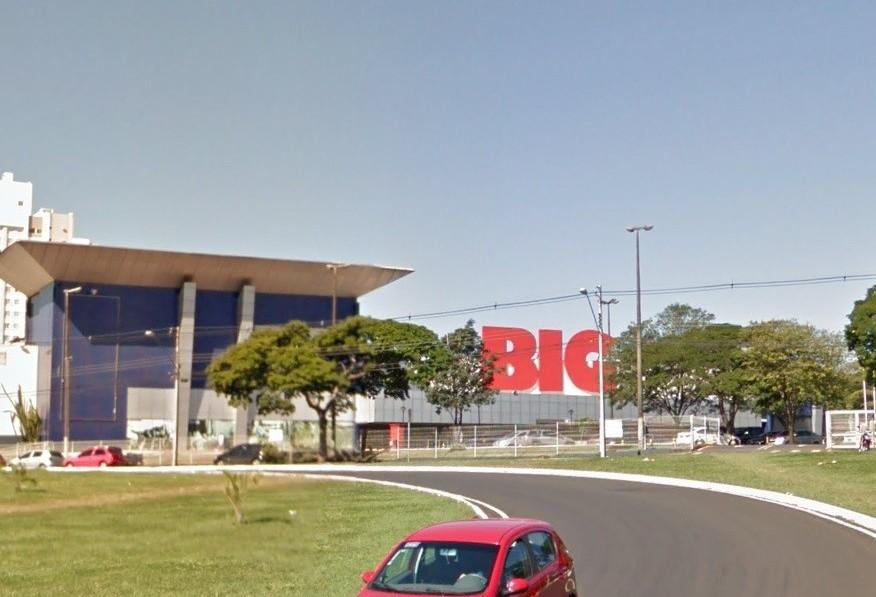 Hipermercado BIG fecha as portas em Maringá