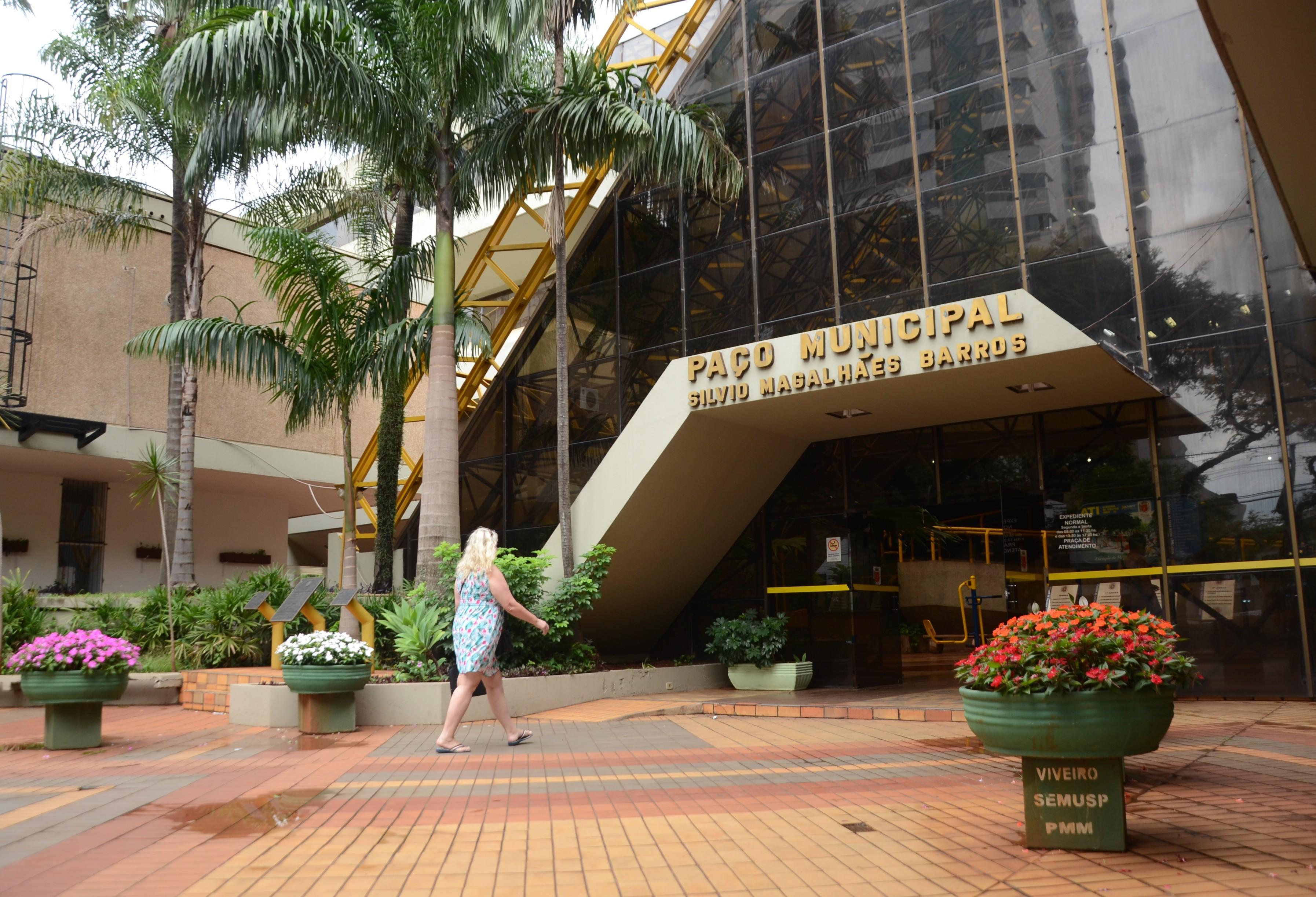 Prefeitura sanciona lei que desburocratiza processos para micro e pequenas empresas de Maringá