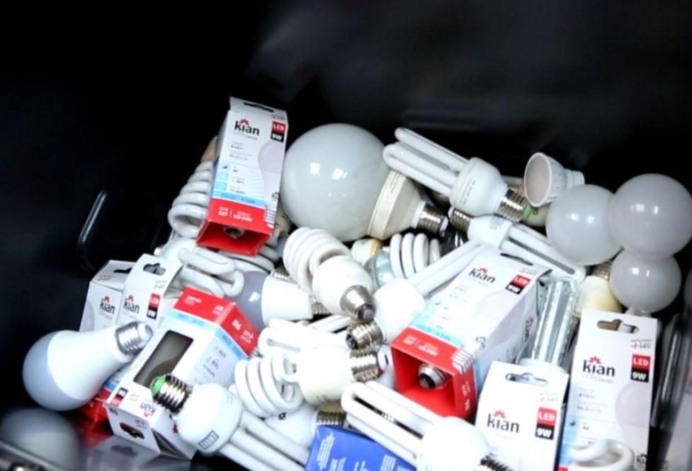 Quer descartar lâmpadas fluorescentes? Maringá tem 22 pontos de coleta