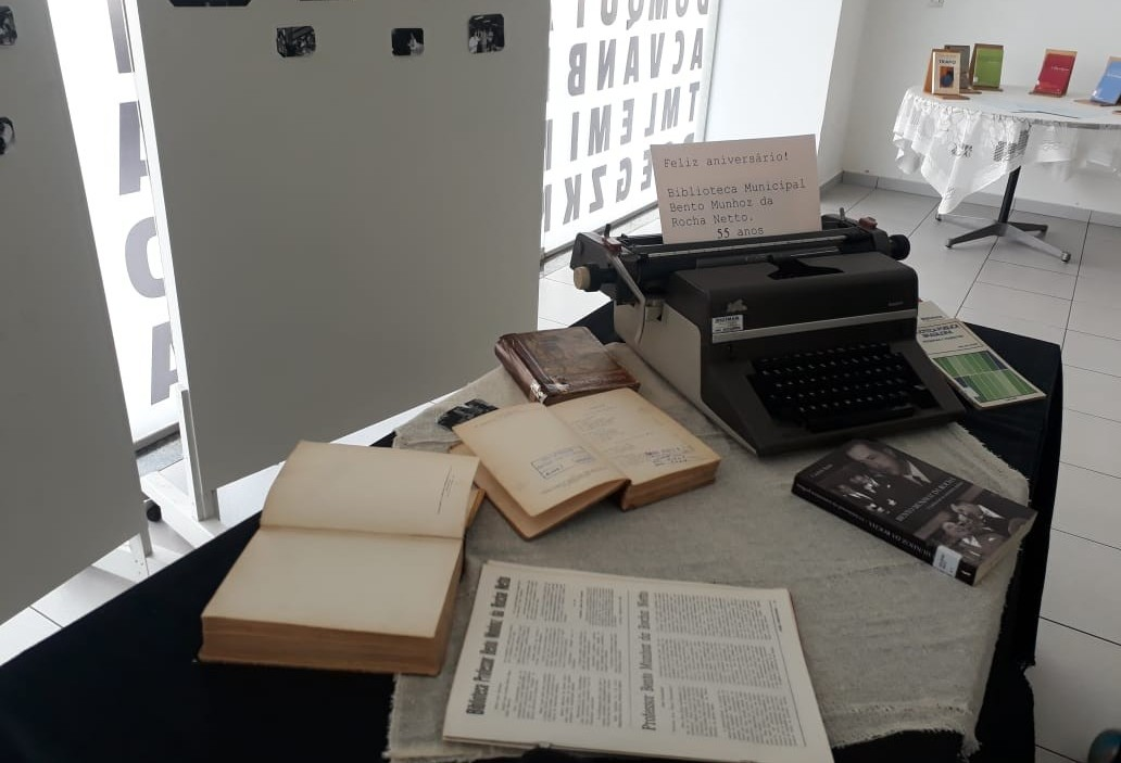Biblioteca central de Maringá comemora 55 anos