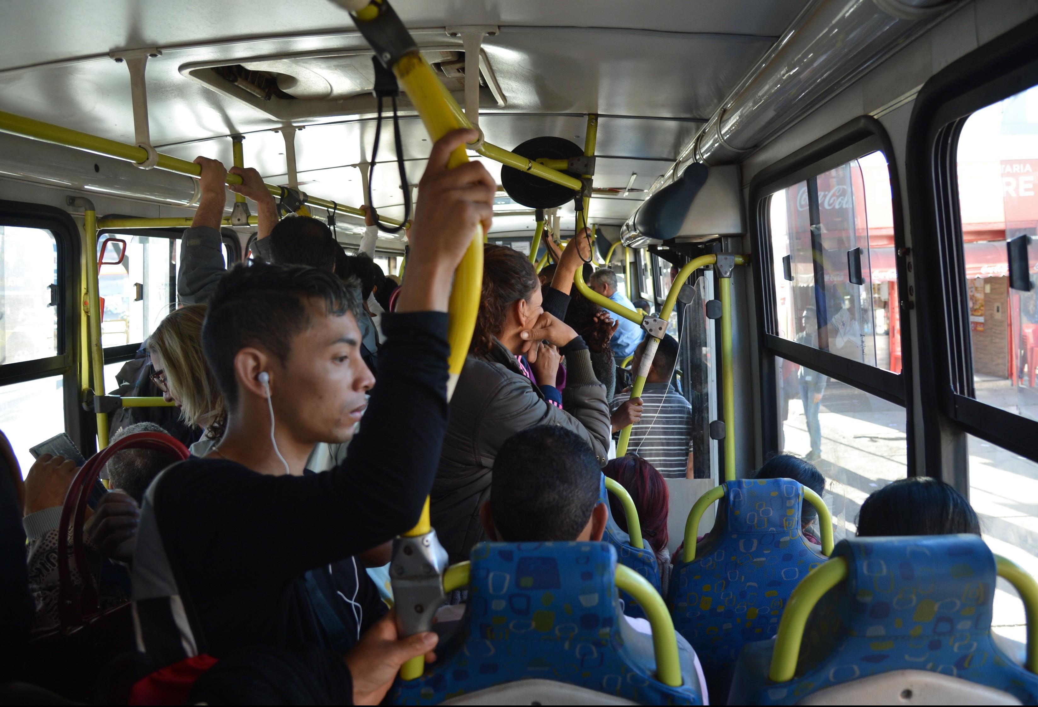 O que o transporte coletivo precisa oferecer para você andar de ônibus?